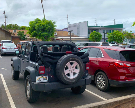 Photo of Jeep parked in Paia Maui